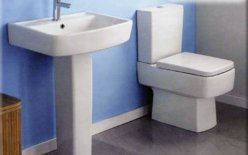 Bathroom Suites – De Luxe Suite - Crystal Bathroom
